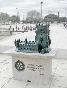 fabricación de esculturas por encargo