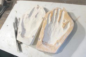Molde de escayola para manos