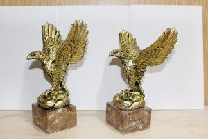 ficticio escultura de latón y mármol fx