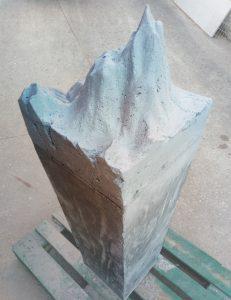 pieza de cemento para exposición