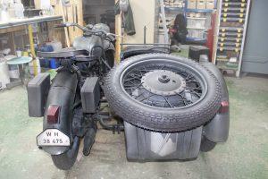 moto con sidecar para exposición